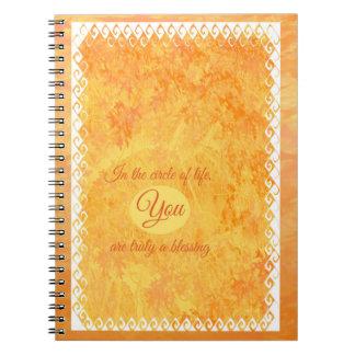 Cirkla av livanteckningsboken anteckningsbok med spiral