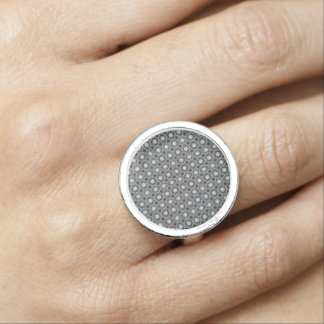 Cirklar den optiska illusionen för svarten, för ringar med foto