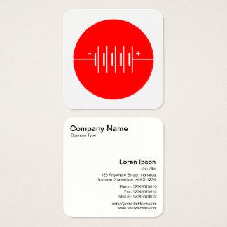 Cirklat rött batterisymbol - och vit fyrkantigt visitkort