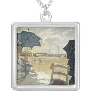 Claude Monet | stranden på Trouville, 1870 Silverpläterat Halsband