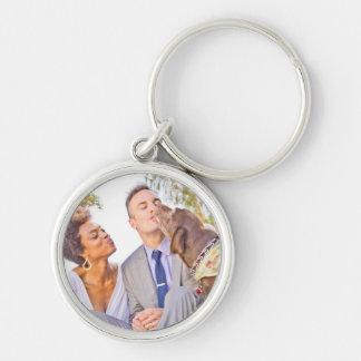Claudia & Scotts bröllop Keychain Rund Silverfärgad Nyckelring
