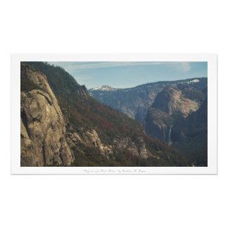 """""""Cliffsides och flodritter,"""" Yosemite natur Fototryck"""