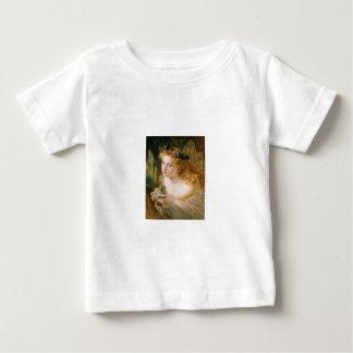 Cludia vid den Sophie andersson Tee Shirt