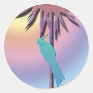 Cockatiel på tropisk handflatanDigital konst Runt Klistermärke