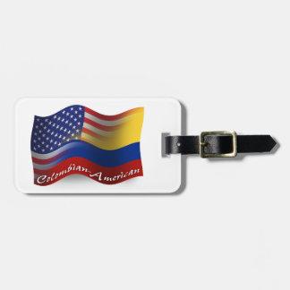 Colombiansk-Amerikan som vinkar flagga Bagage Etiketter