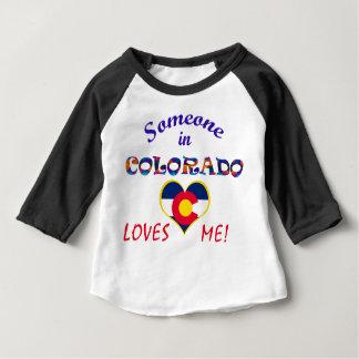 Colorado älskar mig hjärtaflagga t-shirt