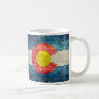 Colorado statlig flagga med retro grungy look för kaffemugg