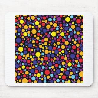 Colorblind födelsedag på svart musmatta