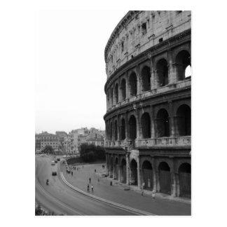 Colosseum och väg vykort