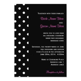 Coola chic, gifta sig för polka dots för klassiker anpassade inbjudan