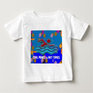 COOLAN VARAR BESVÄRAD i varma tider Tee Shirts