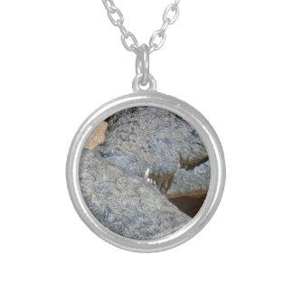 crocs silverpläterat halsband
