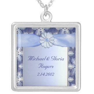 Crystal blåttSnowflakefirande Silverpläterat Halsband