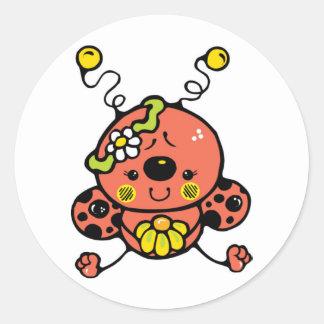 Cutie nyckelpiga runt klistermärke