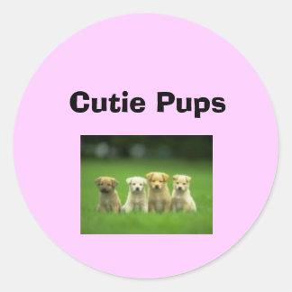 Cutie Pupps Runt Klistermärke