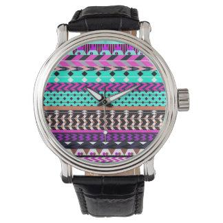 Cyan magentafärgat Aztec mönster Armbandsur
