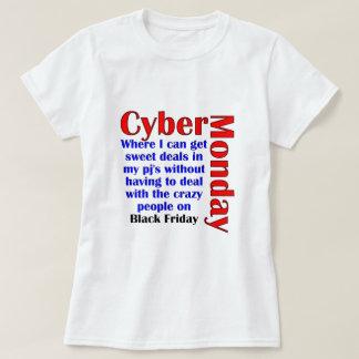 Cyber Måndag T Shirt
