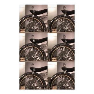 Cykla cykelkonst som den grafiska decomallen brevpapper