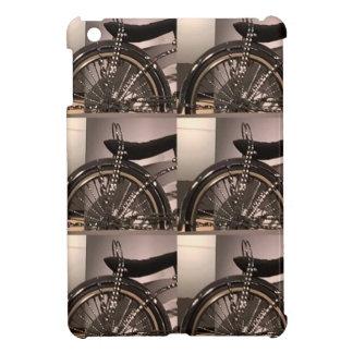 Cykla cykelkonst som den grafiska decomallen iPad mini skal