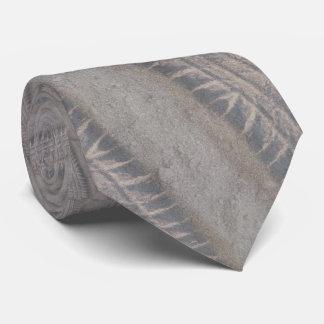 Däck spårar slipsen slips