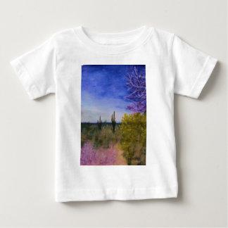 Dagen i den Arizona öknen landskap utanför Tee Shirt
