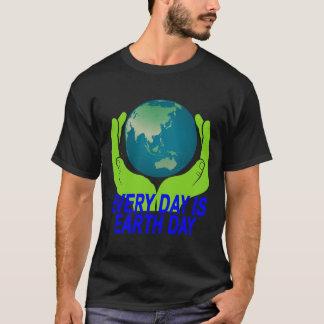 DAGLIG ÄR JORD DAY.png T Shirts