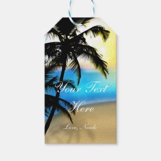 Dagstrand & tropisk gåvamärkre för palmträd presentetikett