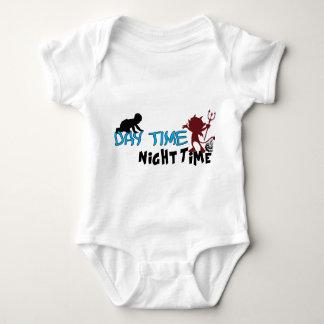 Dagtid, nattändring t-shirt