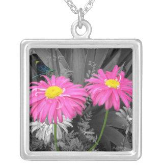 Daisys och sländahalsband silverpläterat halsband