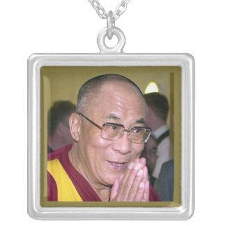 Dalai Lama Halsband Med Fyrkantigt Hängsmycke