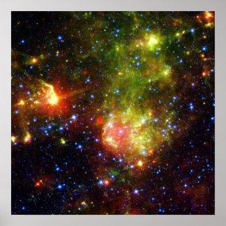 Dammig död av massiv stjärnaNASA Poster