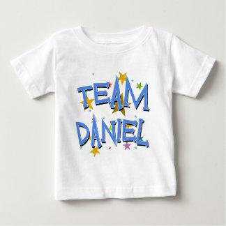DANIEL lag Daniel T Shirts