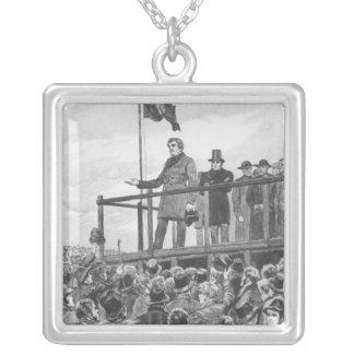 Daniel O'Connel på mötet på klippning Silverpläterat Halsband