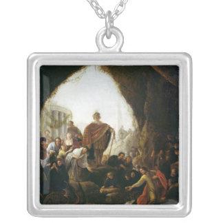 Daniel som dödar draken av baalen silverpläterat halsband