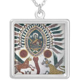 Daniels vision av fyra beaster och guden silverpläterat halsband