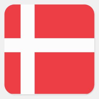 DANMARK FLAGGA DANNEBROG FYRKANTIGT KLISTERMÄRKE