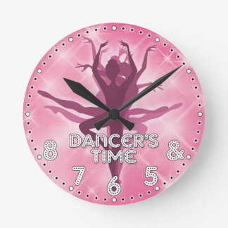 Dansare väggen för den Time personligen tar tid på Medium Rund Klocka