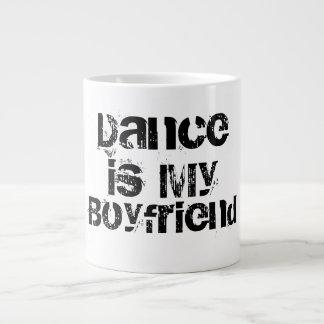 Dansen är min pojkvänjumbomugg jumbo mugg