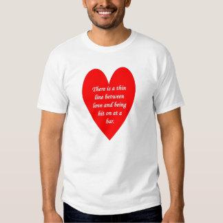 där-vara-en-tunn-fodra-mellan-kärlek-och tee shirt