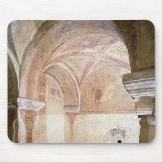 De Carolingian frescoesna i den inre crypten Musmatta