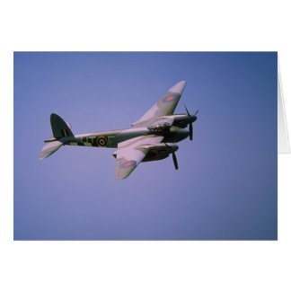 """De Havilland DH-98 """"mygga"""" T-3, i flyg på Bo Hälsningskort"""
