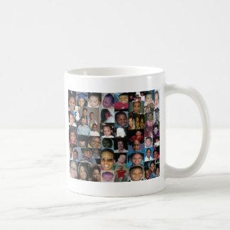 de nya & förbättrar felitas familj kaffemugg