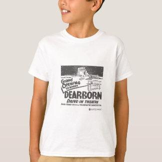 Dearborn drev in tee shirts