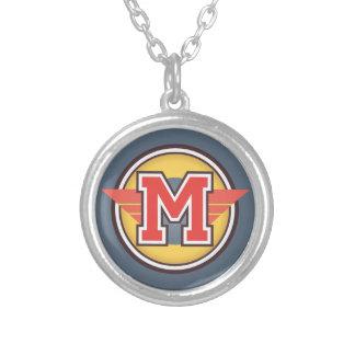 """Deco Monogram initialt """"M """", Silverpläterat Halsband"""