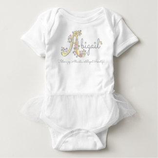 Dekorativt beställnings- menande för Abigail Tee Shirts