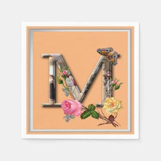 "Dekorativt brev initialt ""M"", Pappersservetter"