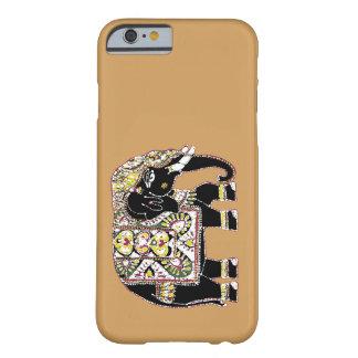Dekorerad svart elefant för tur barely there iPhone 6 skal