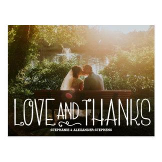 Delikat kärlek och tack som gifta sig tackkortet vykort
