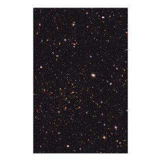 Den Abell 315 galaxen samla i en klunga från det Brevpapper