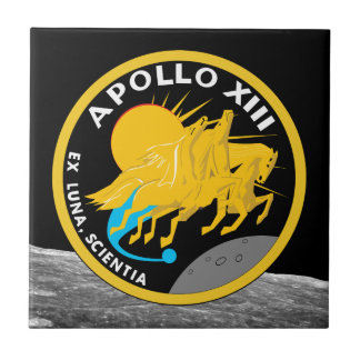 Den Apollo 13 NASA-beskickningen lappar logotypen Kakelplatta